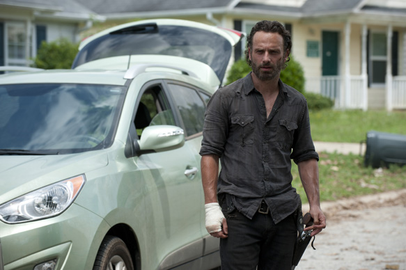 """137dc53d f32f 4dfd cef4 51be19fd8f93 TWD 404 GP 0619 0108 - The Walking Dead """"Indifference"""" Episode 4 (Review)"""