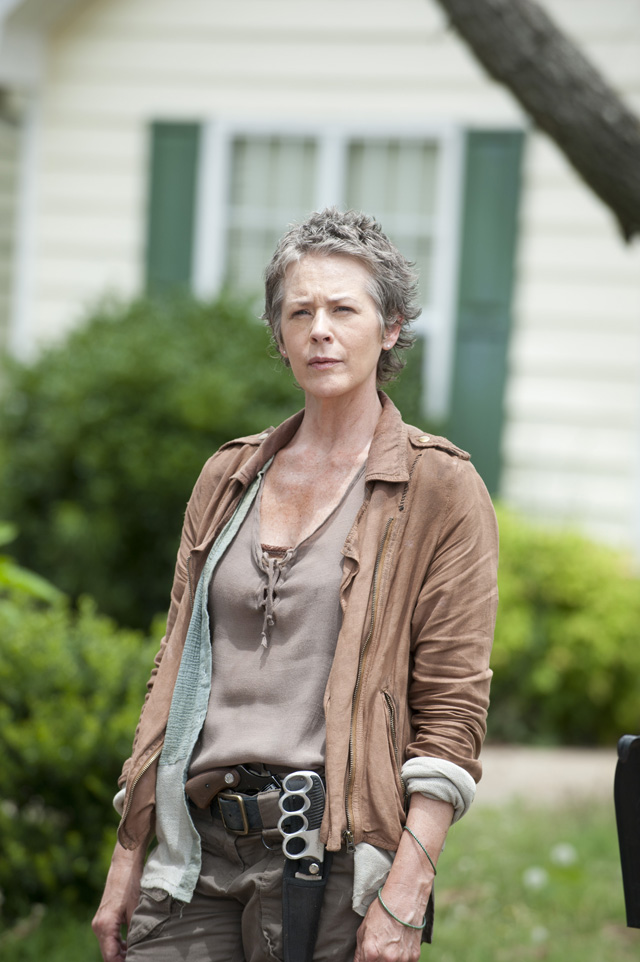 """52ba4c46 1d0c cfac 34f9 1a08a1be15eb TWD 404 GP 0619 0076 - The Walking Dead """"Indifference"""" Episode 4 (Review)"""