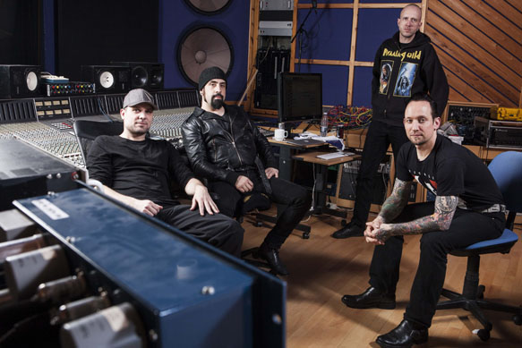 Volbeat 2013 18 credit Nathan Gallagher - Volbeat - Outlaw Gentlemen and Shady Ladies (Album review)