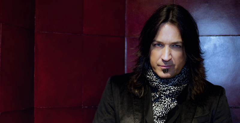 PHOTO General Publicity 1 Tina Eros - Stryper Frontman Michael Sweet takes center stage with solo album and autobiography in 2014