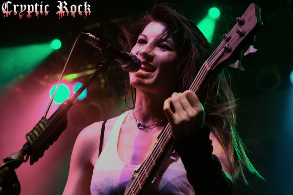 sick puppies 412web - Interview - Emma Anzai of Sick Puppies