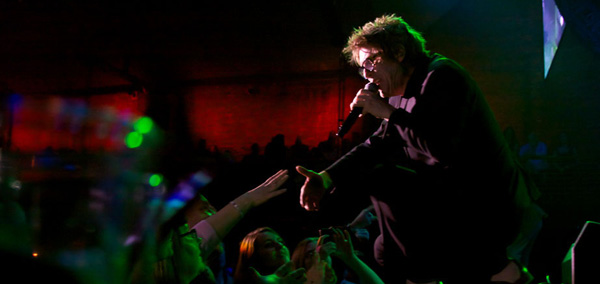 furs slide - The Psychedelic Furs Enchant The Paramount in Huntington, NY 4-12-14