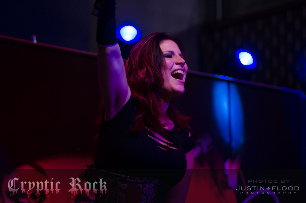 KAMELOT 9509 XL - Interview - Charlotte Wessels of Delain
