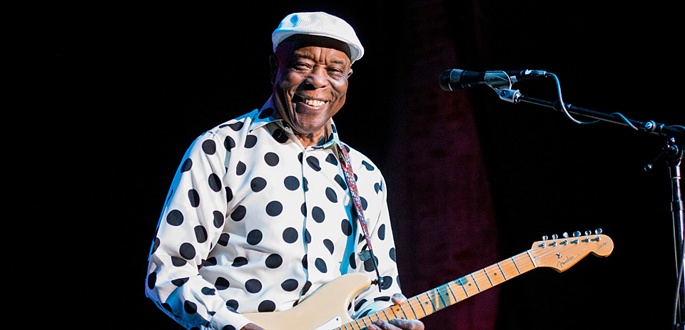 buddy guy slide - Buddy Guy brings Blues Rock to life at The Paramount Huntington, NY 6-11-14