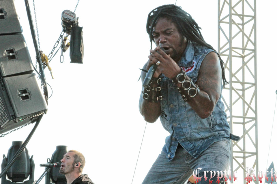 sevendust 400web - Interview - Lajon Witherspoon of Sevendust