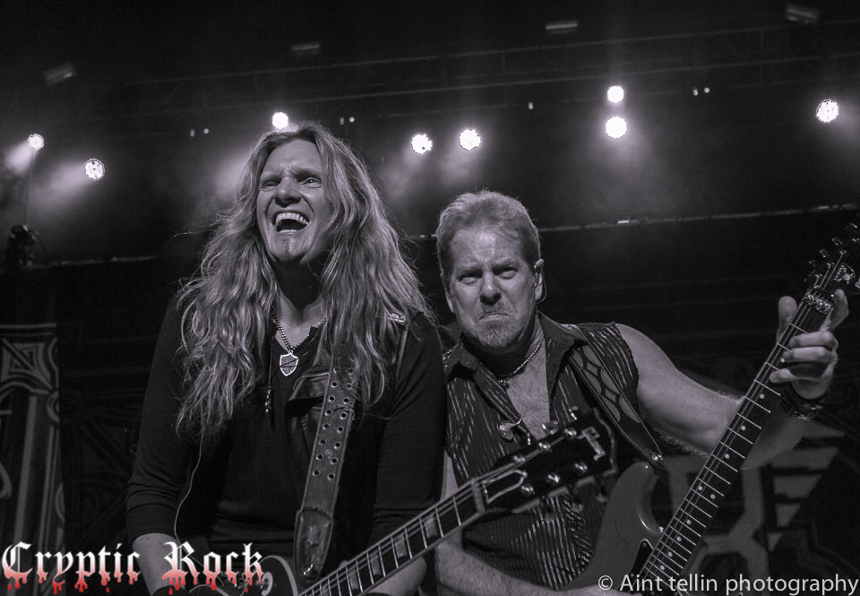 i tshbwks - Interview - Joel Hoekstra of Night Ranger