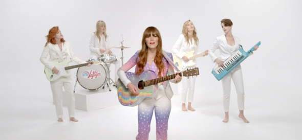 "jenny lewis - Jenny Lewis released video for ""Just One of the Guys"""