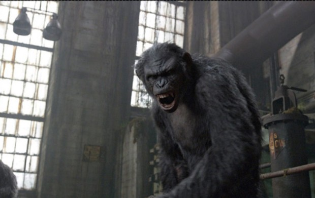 dawn of the planet of the apes ew 2 620x391 - Dawn of the Planet of the Apes (Movie review)