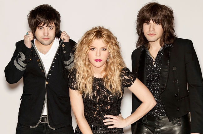 the band perry album 2013 shoot 650 430 - The Band Perry - Pioneer (Album review)
