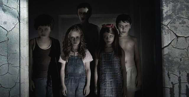 sinister 2 - Sinister (Movie Review)