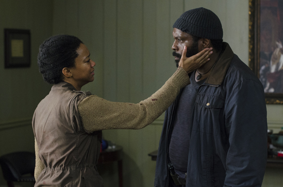1e43dbc5 a2b6 97c7 c8d5 e96020098e31 TWD 503 GP 0609 0164 - The Walking Dead - Four Walls and A Roof (Season 5 / Episode 3 Review)