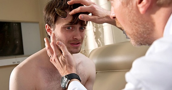 Daniel Radcliffe as Ig Perrish in Horns - Horns (Movie review)