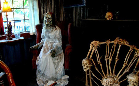 Inside Haunted House 826 Paranormal 630x389 - The Houses October Built (Movie Review)