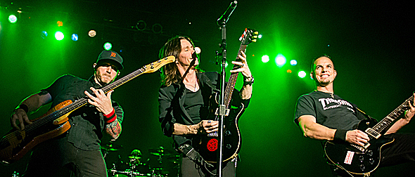 alter slide edited 1 - Alter Bridge glorious at The Paramount Huntington, NY 10-12-14