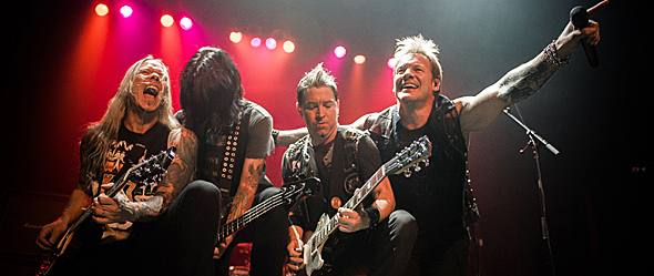 fozzy slide - Fozzy rock hard at Gramercy Theater, NYC 10-5-14 w/ Magus Beast, Anaka, & 3 Pill Morning