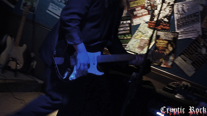 independents for article 3 - The Independents bring Punk Rock to Blue Max Midland, TX 10-4-14