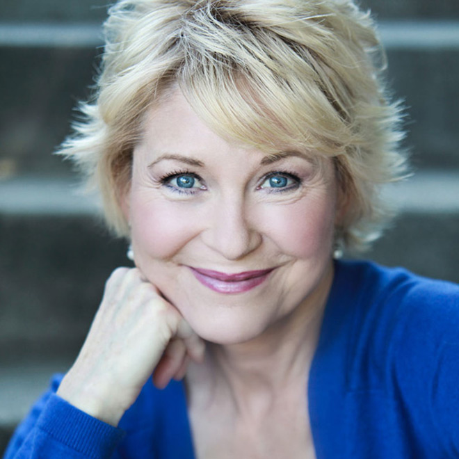 wallace dee 1 1 - Interview - Dee Wallace