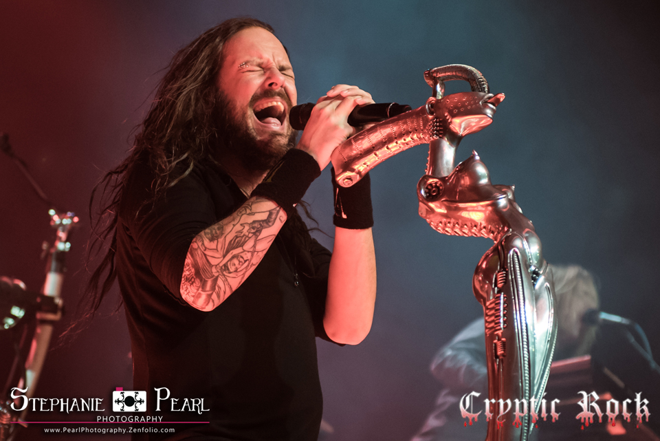 korn theparamount stephpearl 120814 26 1 - Reflecting on H.R. Giger - The Fantasy artist of a lifetime