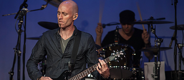 vertical slide - Vertical Horizon enchants The YMCA Boulton Center Bay Shore, NY 11-23-14