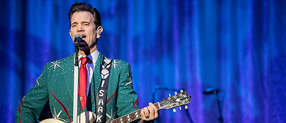 chris isaak 10 - Chris Isaak a holiday spectacular The Paramount Huntington, NY 12-18-14