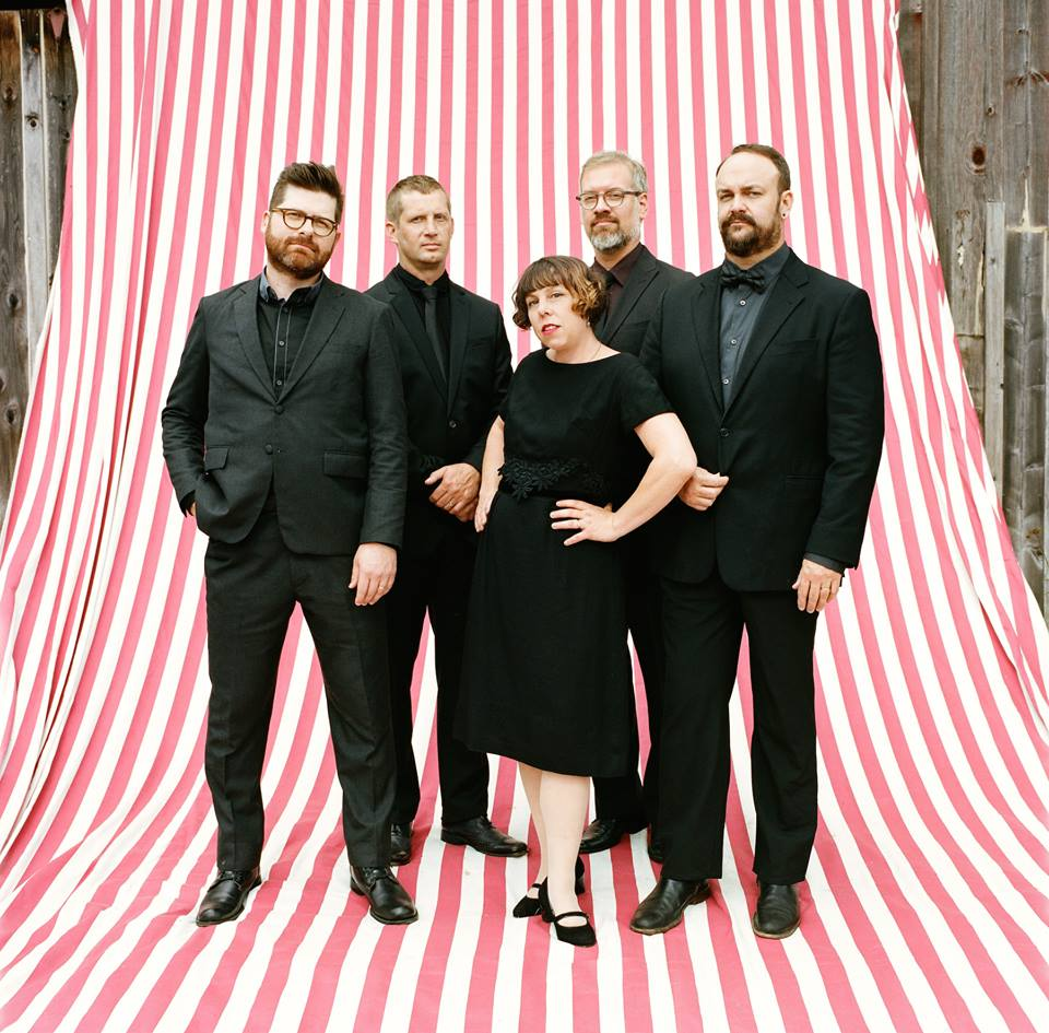 The Decemberists – Promo Pic 2015 - The Decemberists - What a Terrible World, What a Beautiful World (Album Review)