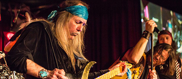 uli roth slide - Uli Jon Roth rocks B.B. King's Club NYC 2-8-15 w/ Vinnie Moore, Black Knights Rising & Old James