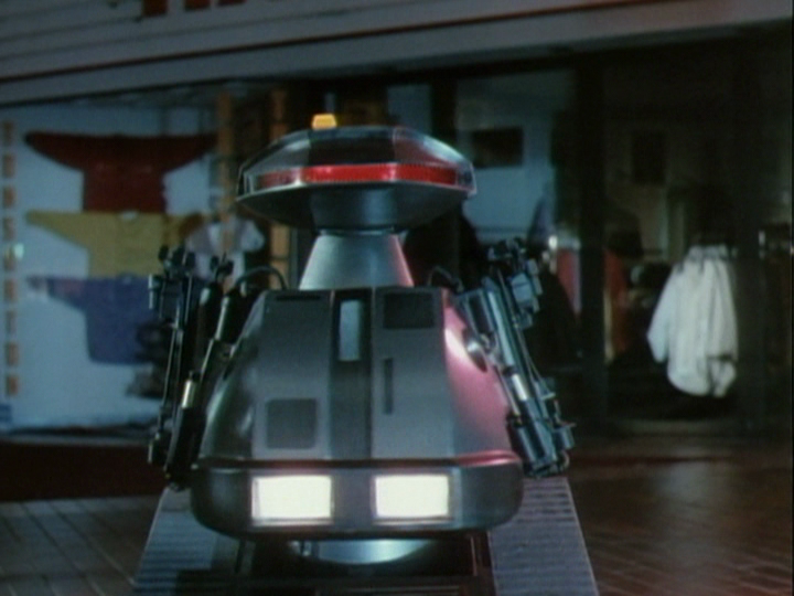 chop 2 - This Week in Horror Movie History - Chopping Mall (1986)