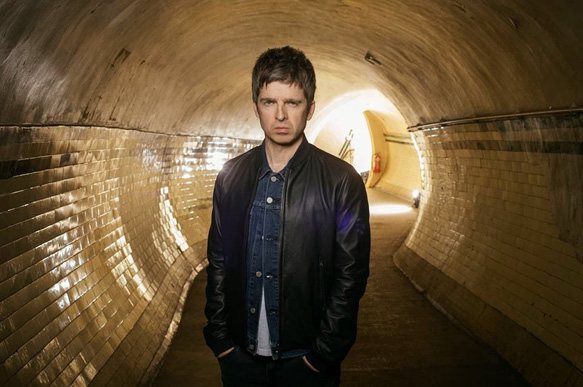 noeltunnel - Noel Gallagher's High Flying Birds - Chasing Yesterday (Album Review)