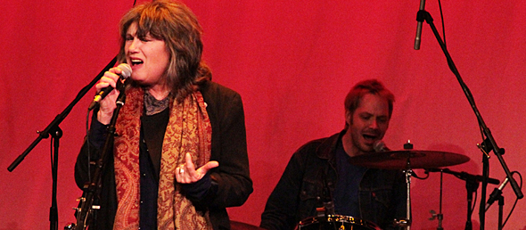 the motels 133web - Martha Davis & The Motels wonderful at Boulton Center Bay Shore, NY 4-25-15