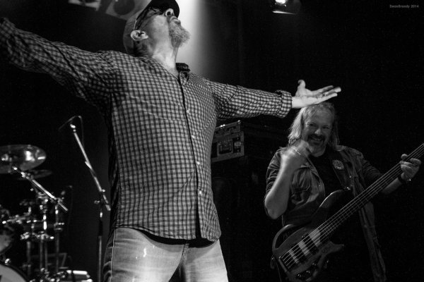 1ctasmall - Interview - Chris Thompson - Legendary Voice of Manfred Mann's Earth Band