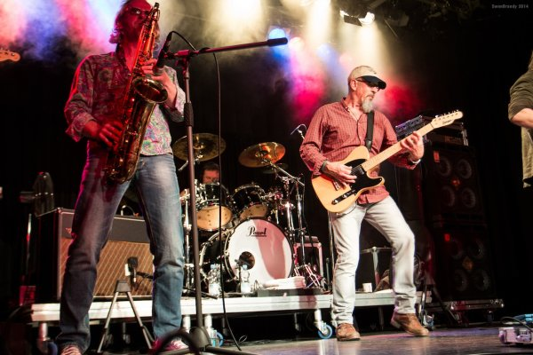 2ssmall - Interview - Chris Thompson - Legendary Voice of Manfred Mann's Earth Band
