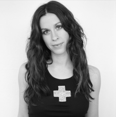 alanis morissette 1 - Alanis Morissette's Jagged Little Pill 20 Years Later