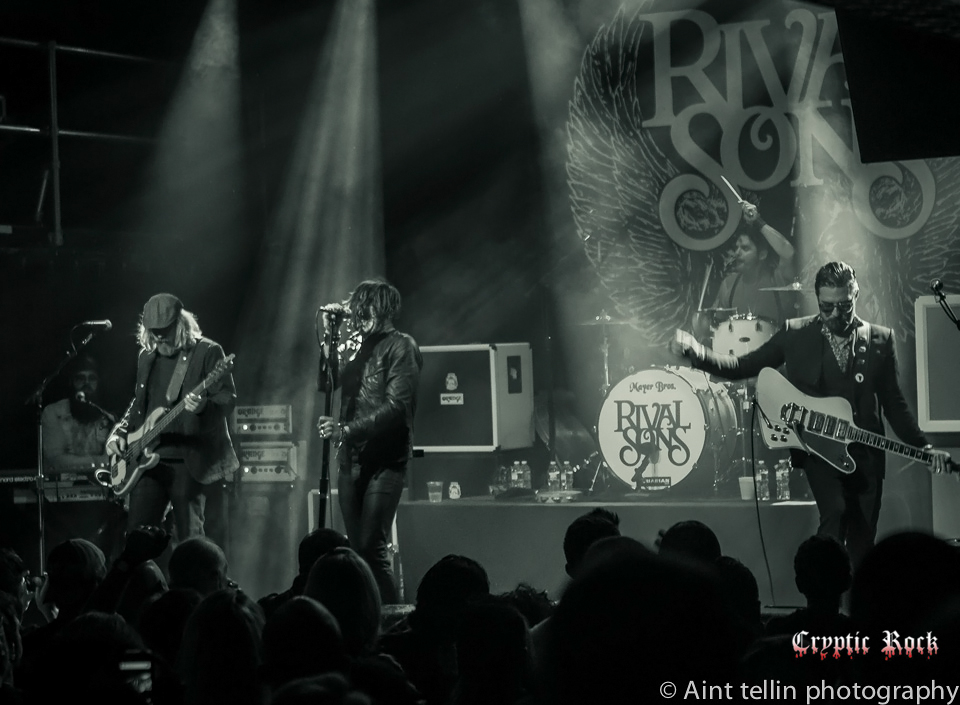 i gf8zcbq - Interview - Dave Beste of Rival Sons
