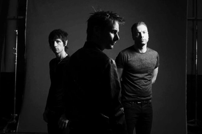 muse 2015 danny clinch billboard 650 - Muse - Drones (Album Review)