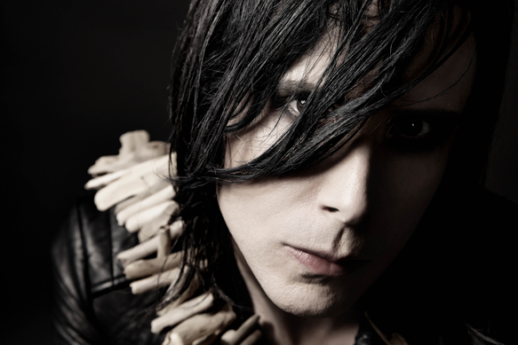 IAMX by Saryn Christina 02 - IAMX - Metanoia (Album Review)