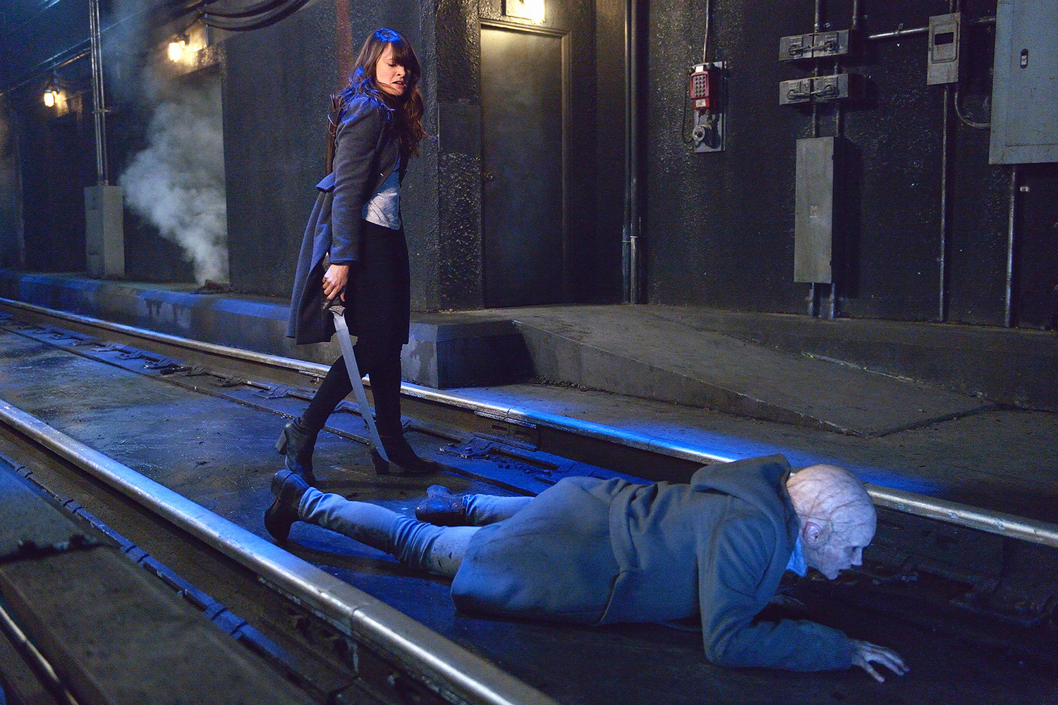 STRAIN 213 0834d hires1 - The Strain - Season 2 (Review)