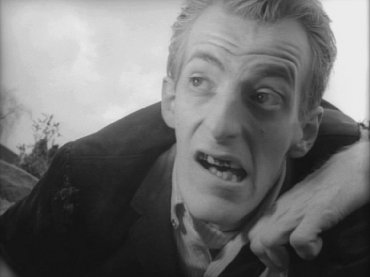 night of living 2 - This Week in Horror Movie History - Night of the Living Dead (1968)
