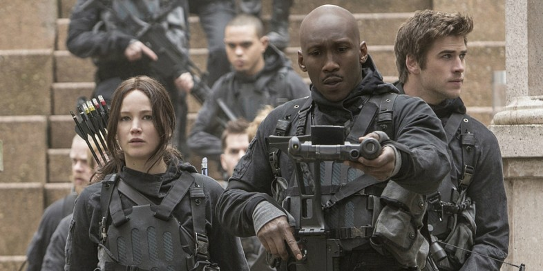 hunger games mockingjay part 2 trailer cast - The Hunger Games: Mockingjay - Part 2 (Movie Review)