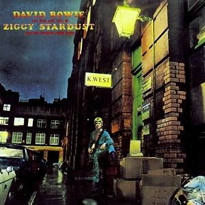 ZiggyStardust - David Bowie - Remembering A True Rock-n-Roll Hero
