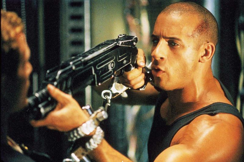 Pitch Black vin diesel - This Week in Horror Movie History - Pitch Black (2000)
