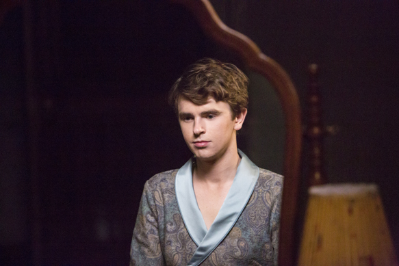 bates 5 - Bates Motel - A Danger To Himself and Others (Season 4/ Episode 1 Review)