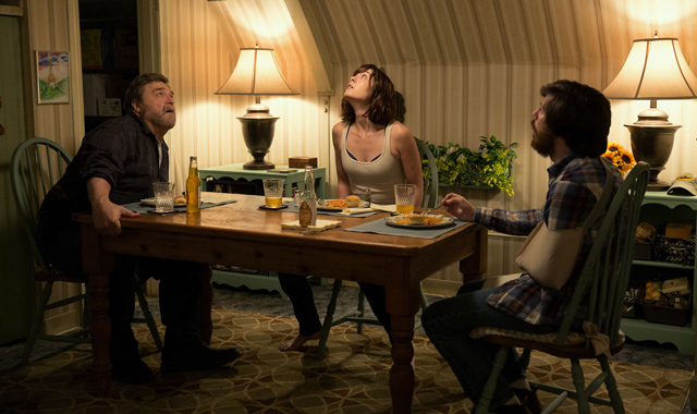 cloverfieldphotos - 10 Cloverfield Lane (movie review)