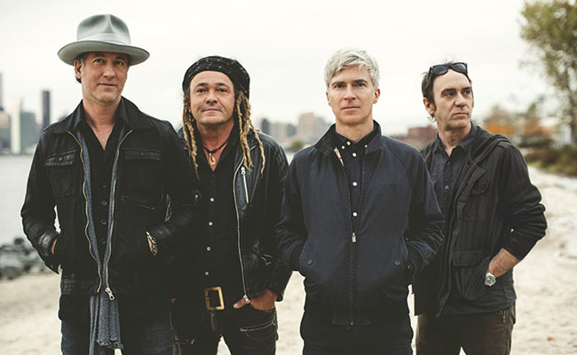nada surf 2016 promo 650 - Nada Surf - You Know Who You Are (Album Review)