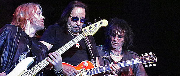 ace nyc 4 11 16 - Ace Frehley Rocks B.B. Kings Club, NYC 4-11-16