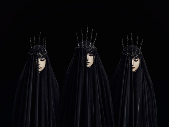 Babymetal Press shot Feb 2016 690x521 - Babymetal - Metal Resistance (Album Review)