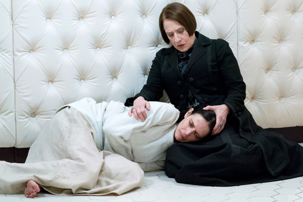 Penny Dreadful season 3 6 1024x682 - Penny Dreadful (Season 3 Review)