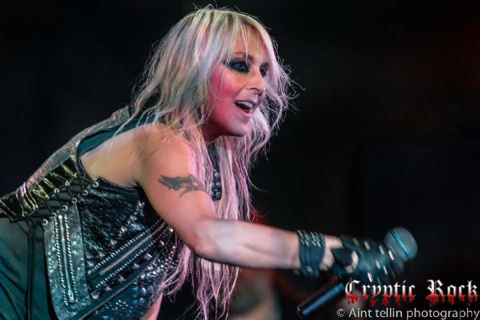 doro 0134cr - Doro - Strong and Proud (Album Review)