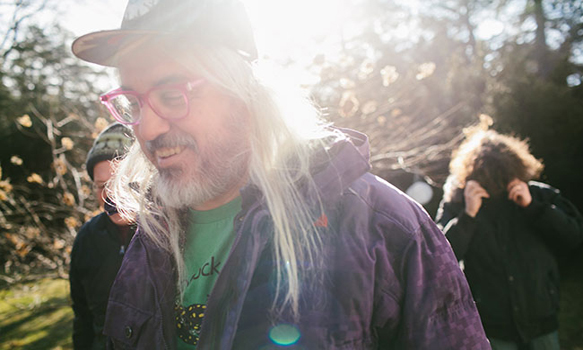 dinosaur jr 2016 promo 650 - Dinosaur Jr. - Give a Glimpse of What Yer Not (Album Review)