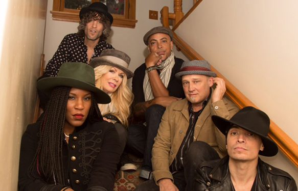 Group.Stairs1.hires 3829 - Interview - Nancy Wilson of Heart