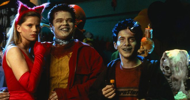 idlehands2 - This Week In Horror Movie History - Idle Hands (1999)